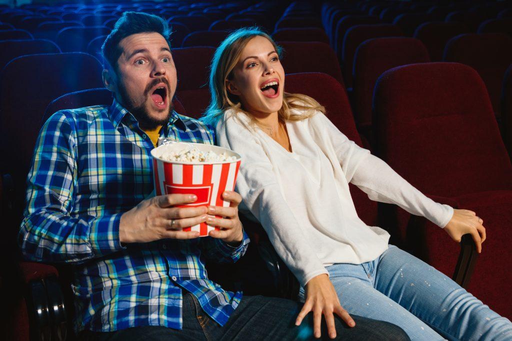 Connecter un Home cinéma à un appareils vidéo projecteur en Bluetooth ou par cable